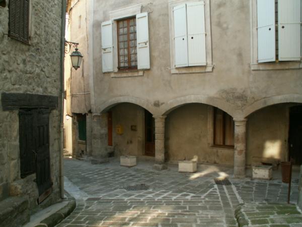 Place Saint Jean